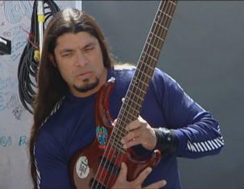 metallica-bass-auditions-041_0001.jpg