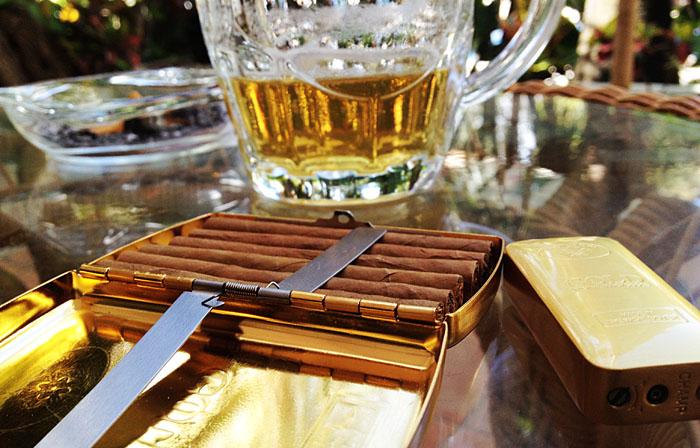 cervezaa ja cigarillosia